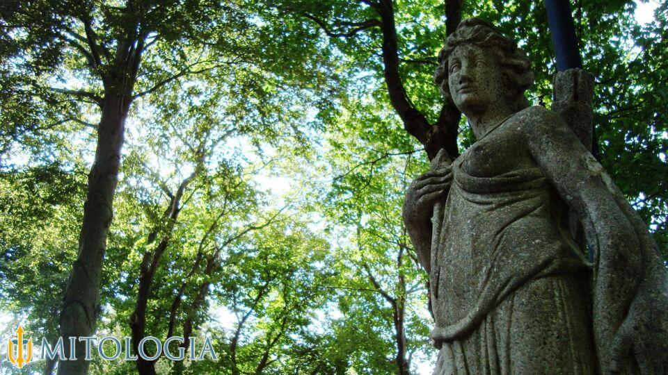 Artemisa ––∈ La diosa griega de la Caza